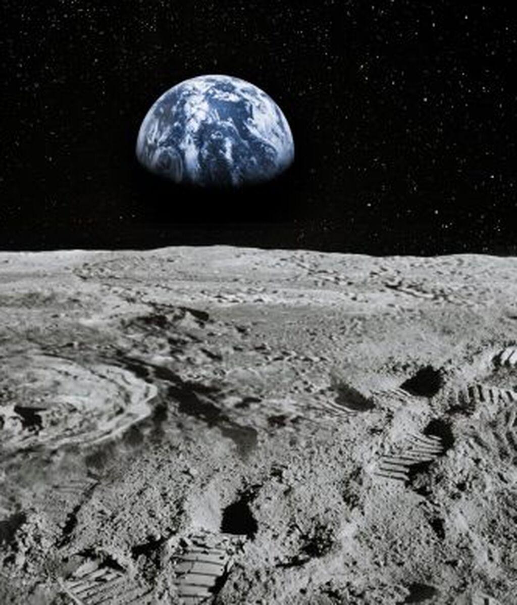 Moon-missions-696x392