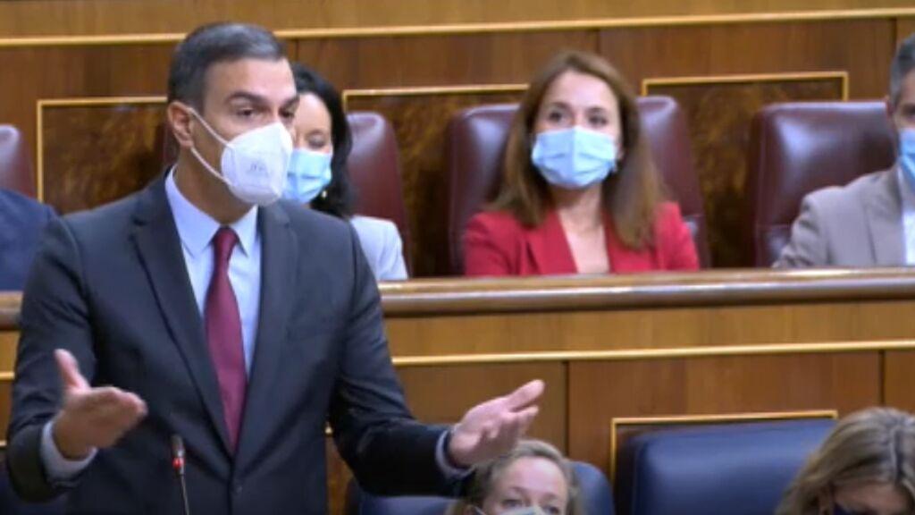 Sánchez responde a Casado en el Congreso