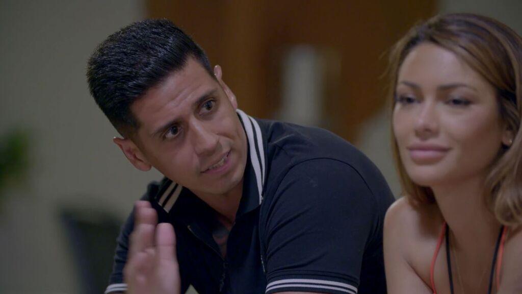 Así reaccionan en Villa Luna al beso de Isaac y Bela