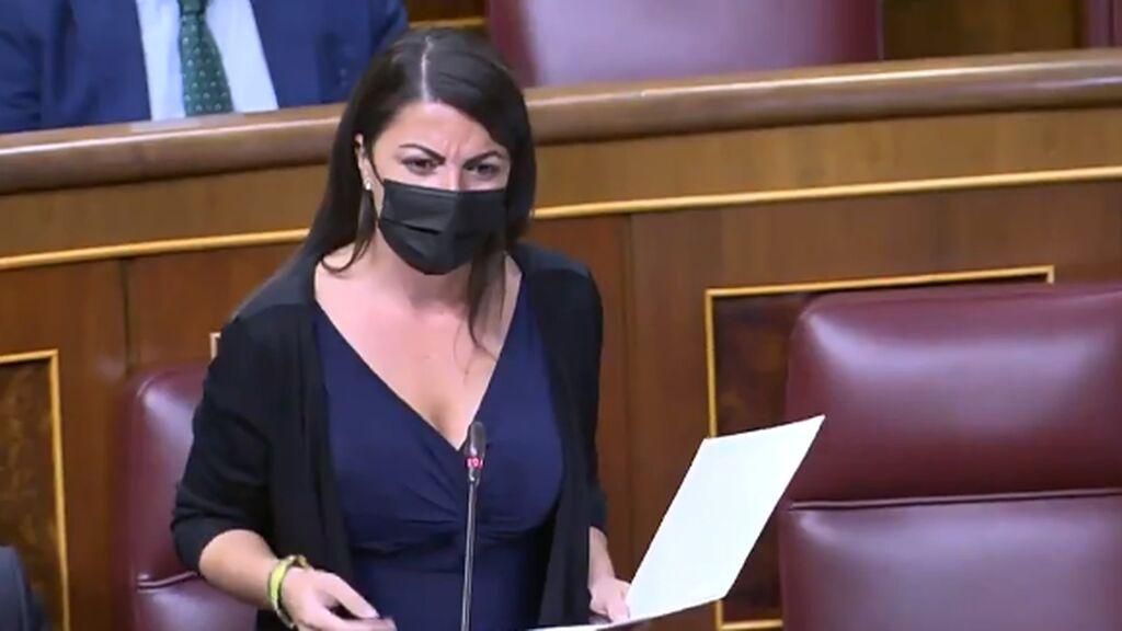 Macarena Olona (Vox) llama delincuente a Alberto Rodríguez (Podemos)