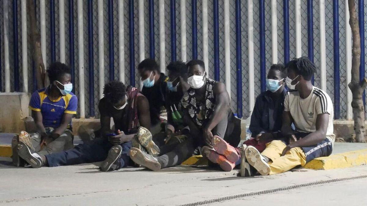 Una decena de migrantes entra a Melilla en nuevo salto a la valla fronteriza
