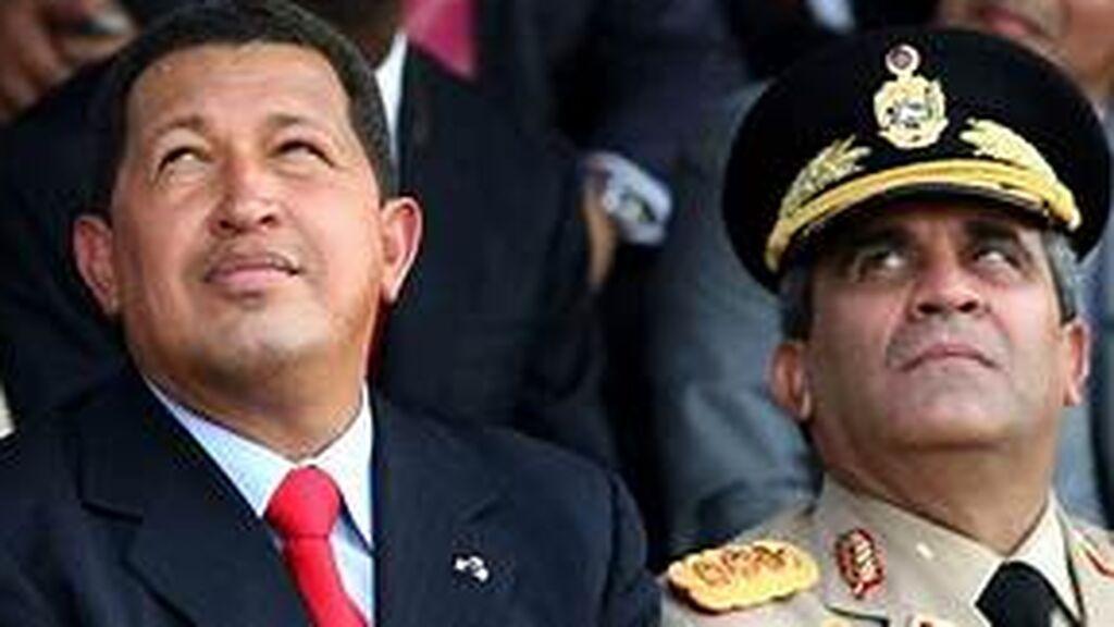 Venezuela: Muere bajo custodia policial el exministro de defensa chavista Raúl Baduel