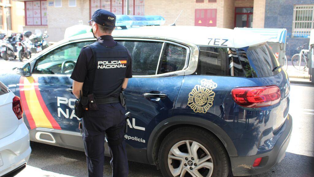 Dos detenidos en Valencia por violar a una mujer tras maniatarla y taparle la cabeza con una almohada