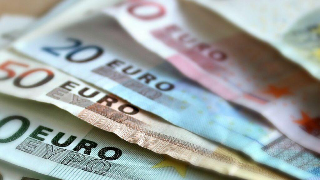 Las familias con bajos ingresos recibirán ayudas de 100 euros por hijo: estos son los requisitos