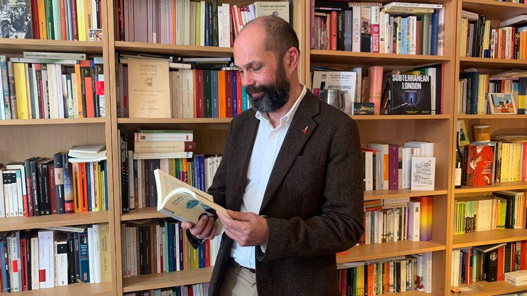 Xesús Fraga, Premio Nacional de Narrativa por su obra 'Virtudes (e misterios)'