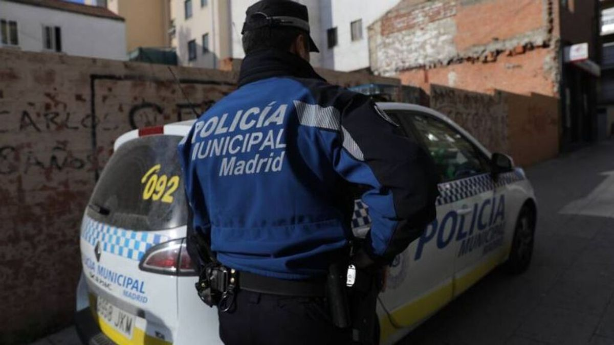 Detenido un joven por encerrar y maltratar a su novia en un piso del barrio madrileño de la Latina