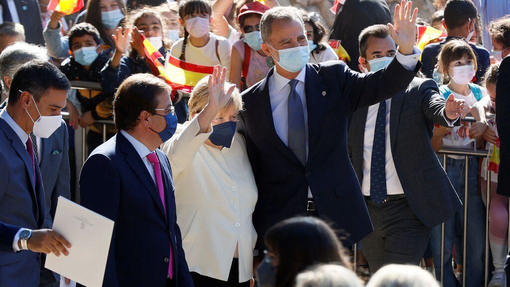 "Merkel se despide de España advirtiendo de que ""Europa solo será fuerte si está unida"""