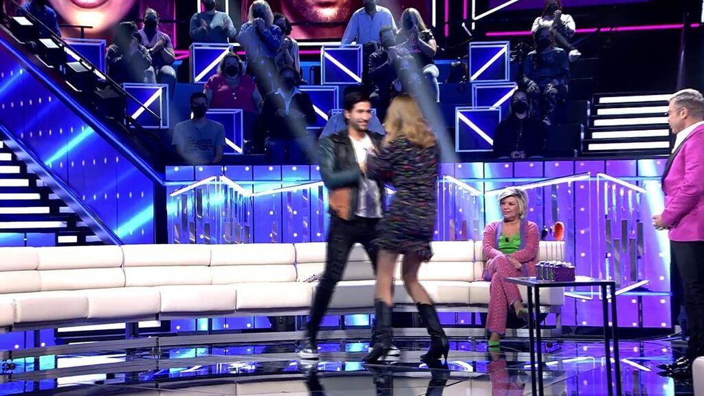 Gianmarco baila con Alba