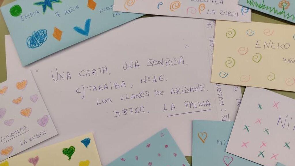 Miles de cartas de niños de todo el país llegan a La Palma