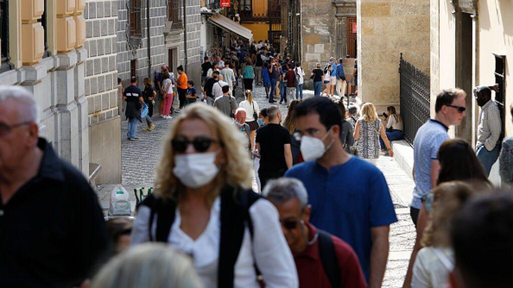 El descenso de la incidencia se frena ligeramente en España: se sitúa en 40,85 casos por 100.000 habitantes