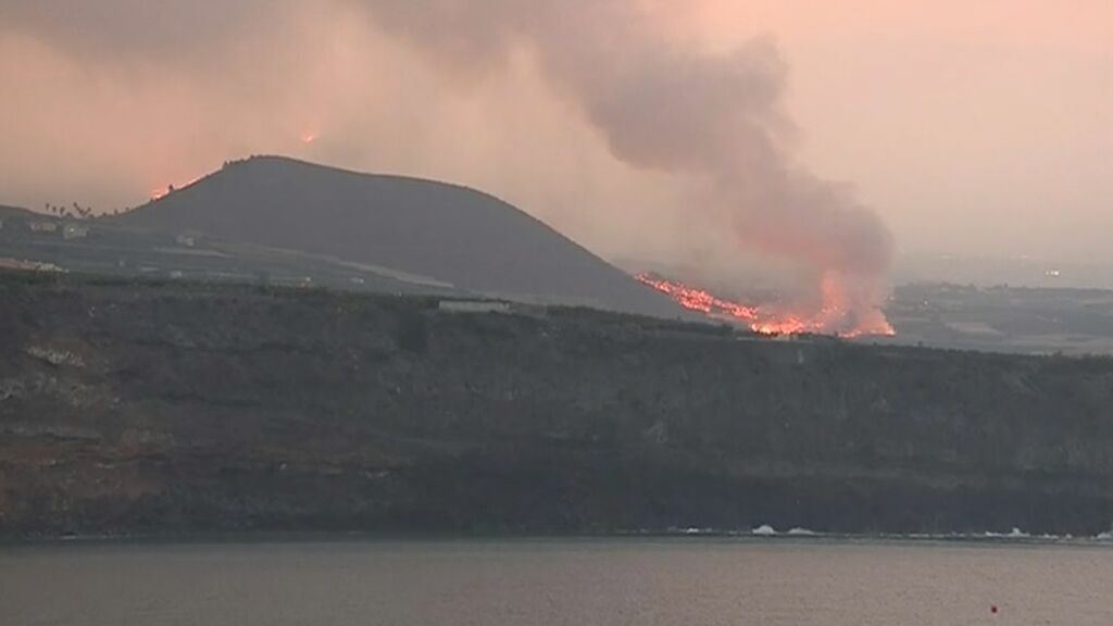 La colada más activa del volcán de La Palma llegará al mar y no avanzará hacia La Laguna