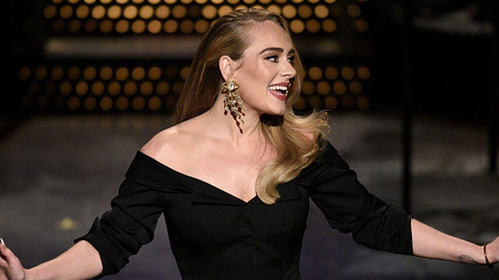 Adele emociona a sus fans