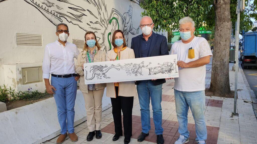 Torremolinos homenajea a sanitarios con un mural de Idígoras en las paredes de un centro de salud