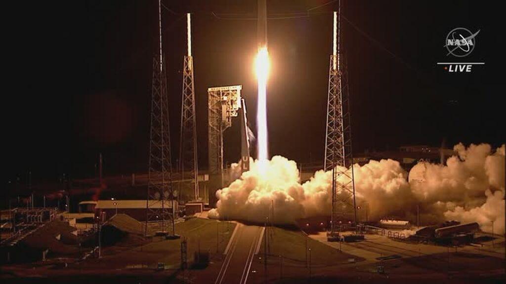 La NASA lanza una sonda para estudiar los asteroides de la órbita de Júpiter