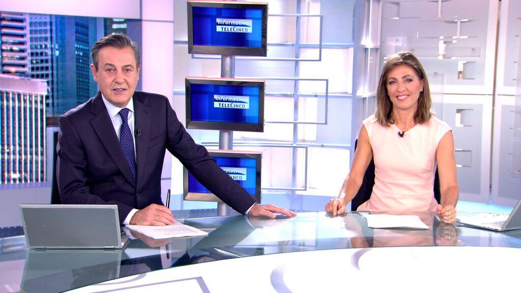 Con José Ribagorda y Ángeles Blanco Informativos Telecinco 2021 Noche 16/10/2021