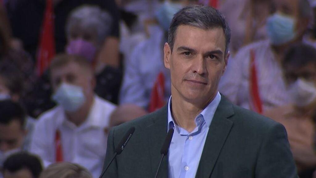 Los socialistas cierran filas con Pedro Sánchez, que reivindica la socialdemocracia en el 40º Congreso del PSOE