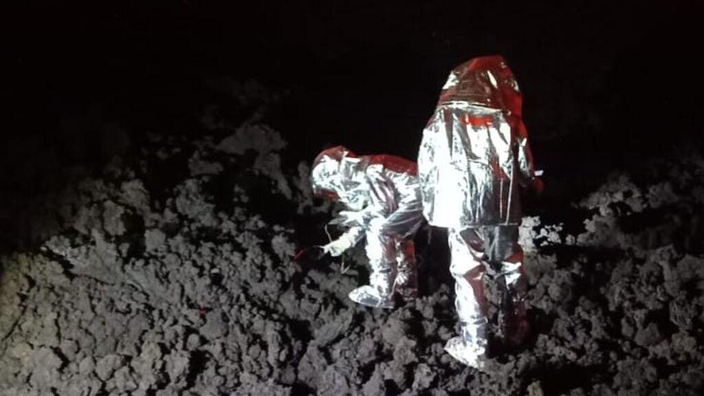 Así trabajan los geólogos para estudiar el volcán de La Palma