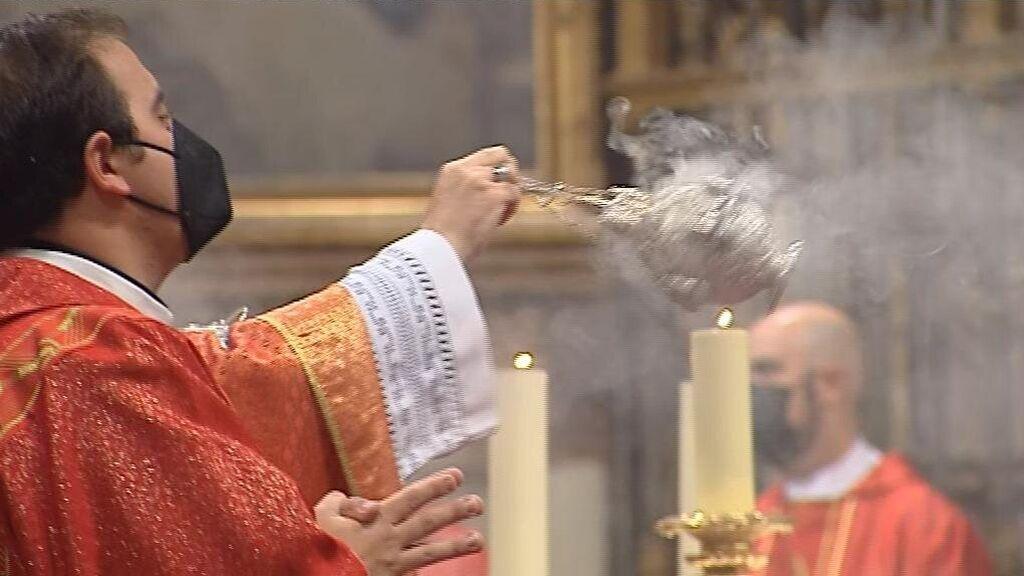 """Toledo pide perdón """"por las negligencias"""" en el respeto a su catedral tras el polémico vídeo de C. Tangana"""