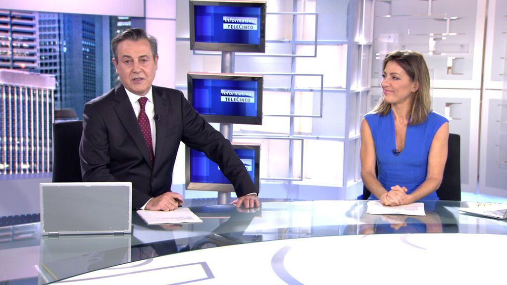Con José Ribagorda y Ángeles Blanco Informativos Telecinco 2021 Noche 17/10/2021