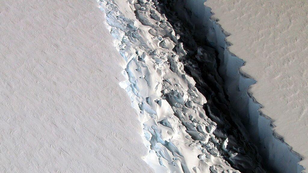 Riesgo de nuevos icebergs en la Antártida: ¿Qué es el mélange o 'pegamento' helado que se derrite?