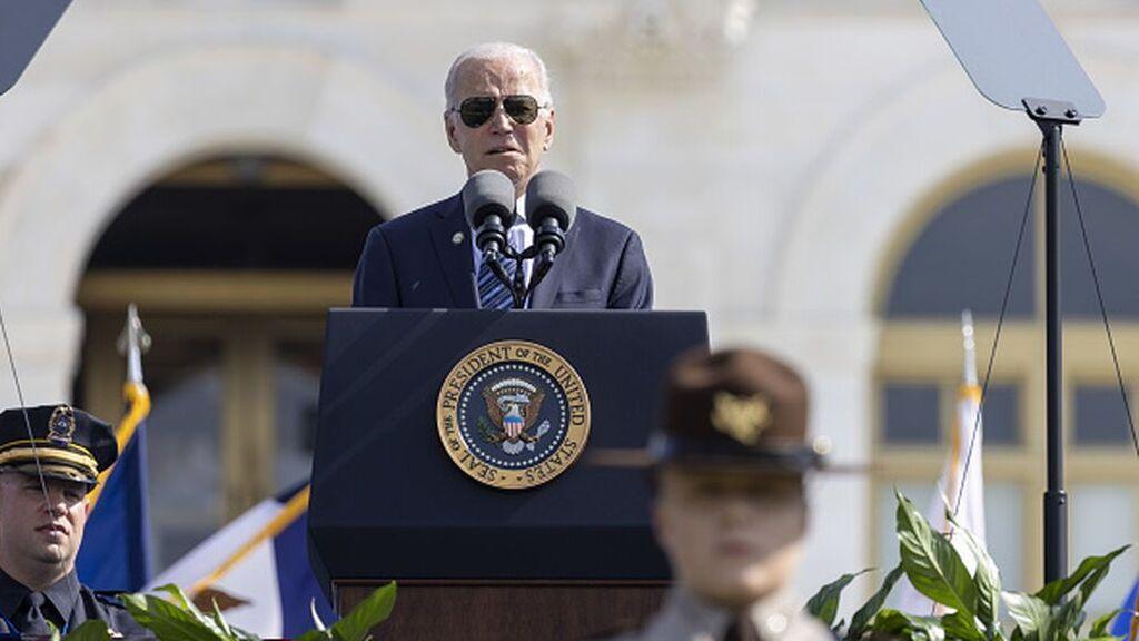 A Biden se le acumulan los problemas