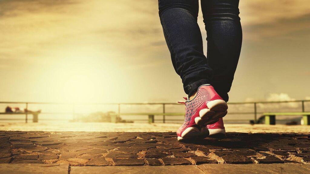 El mito de los 10.000 pasos al día para tener buena salud se tambalea: con 7.000 puede ser suficiente