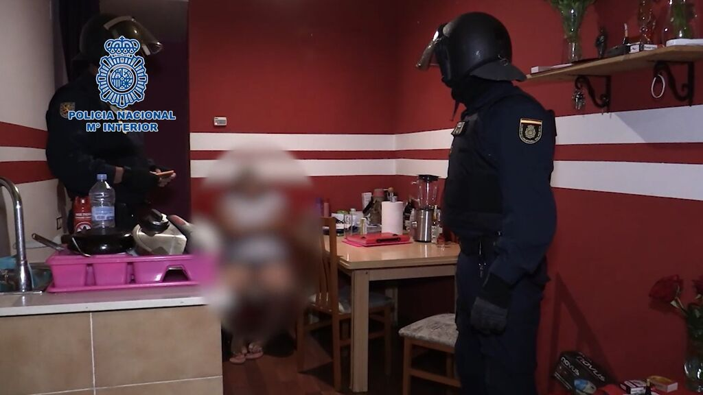 Diez detenidos y cinco mujeres víctimas de explotación sexual liberadas en Tarragona