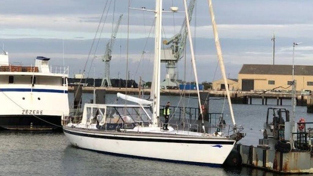 La Policía apresa un velero en el Atlántico con 5.000 kilos de cocaína, el mayor alijo de la historia