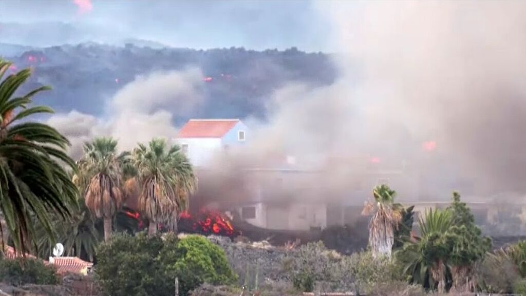 Casi 2.000 edificios sepultados desde el inicio de la erupción del volcán en La Palma