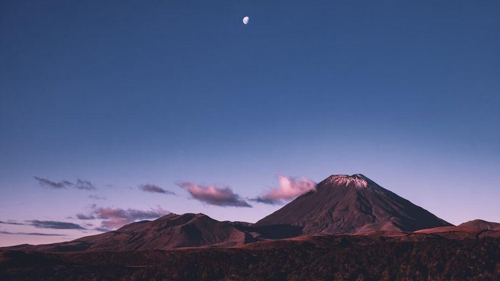 La Luna podría tener un papel fundamental en la erupción de algunos volcanes