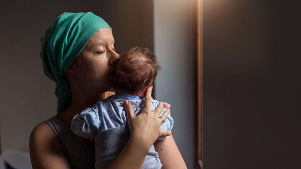 Cáncer de mama: ¿puedo quedarme embarazada o dar el pecho durante el tratamiento?