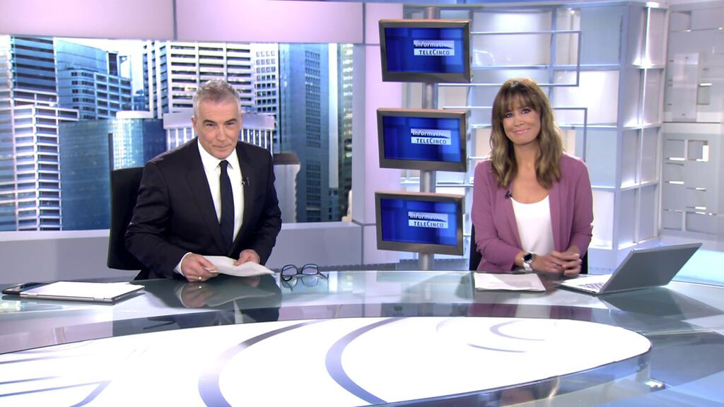Con David Cantero e Isabel Jiménez Informativos Telecinco 2021 Mediodía 20/10/2021