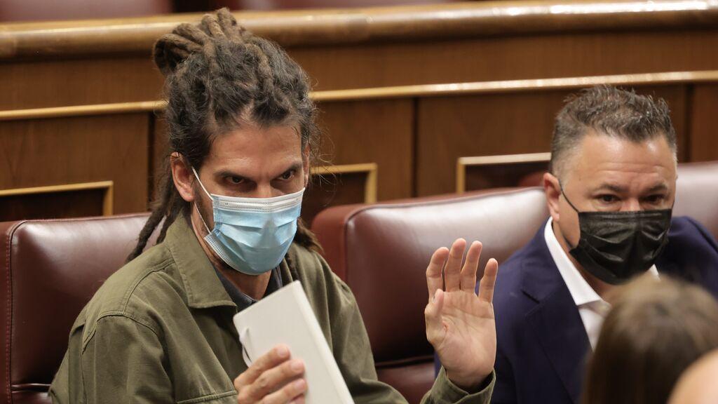 El Supremo se resiste a que Alberto Rodríguez mantenga el escaño y pregunta al Congreso cuándo lo abandona