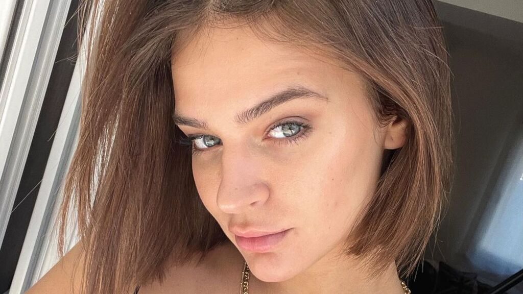 LAURA ESCANES PERFIL MALO