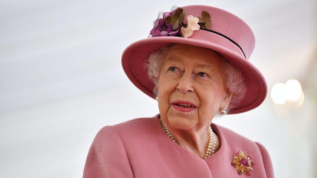 Sentirse viejo es un estado mental: Isabel II rechaza el premio 'Oldie of the year' porque se ve joven