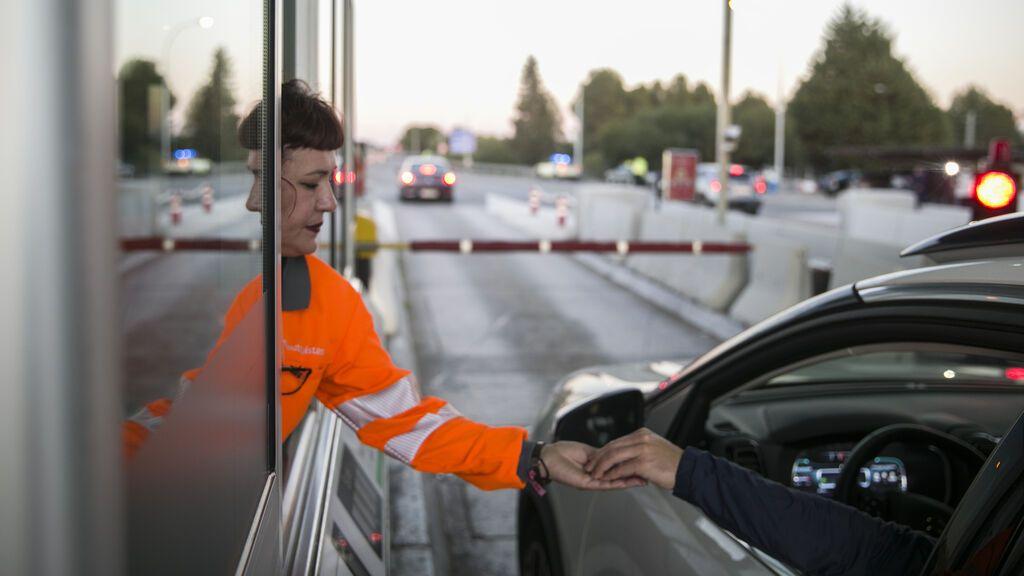 Al final habrá que pagar por las autovías: calculamos lo que costará ir a algunas ciudades con la tarifa que se ha filtrado