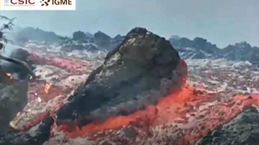 Diez metros por minuto: la velocidad de la colada norte del volcán de La Palma