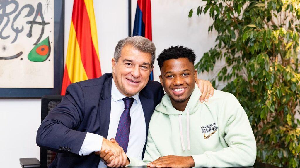 El Barça renueva a Ansu Fati: contrato hasta 2027, sueldo progresivo y cláusula de 1.000 millones