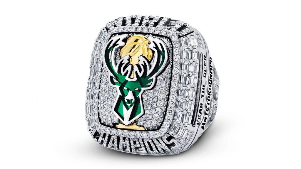 Así son los anillos de lo Bucks: 390 diamantes para los campeones de la NBA