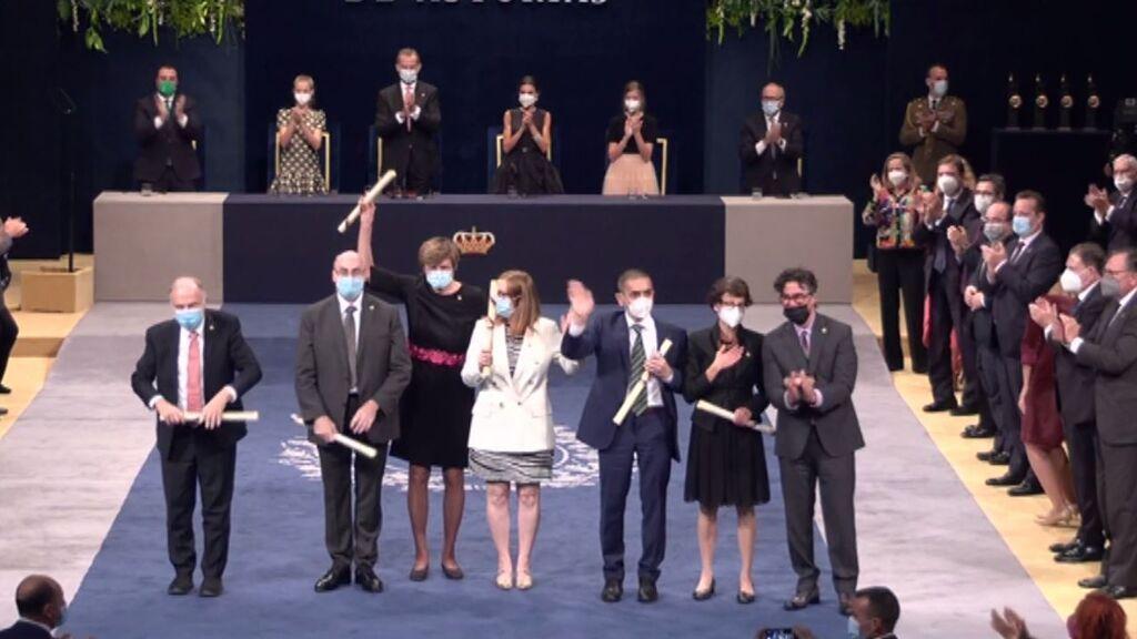El mayor aplauso de los Premios Princesa de Asturias, a los científicos de las vacunas contra la covid