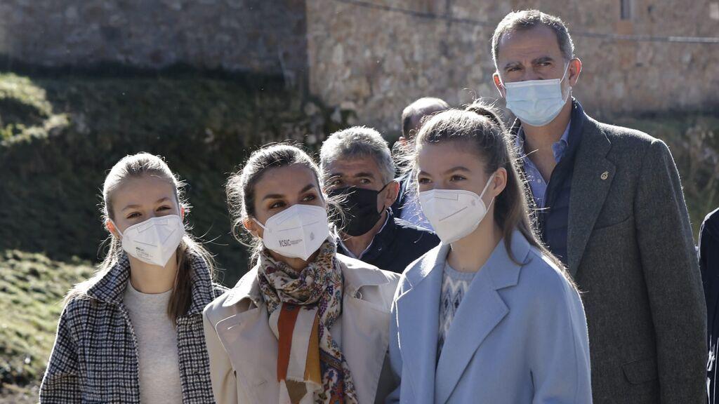La infanta Sofía recibe una grata sorpresa en el Pueblo Ejemplar de Asturias 2021