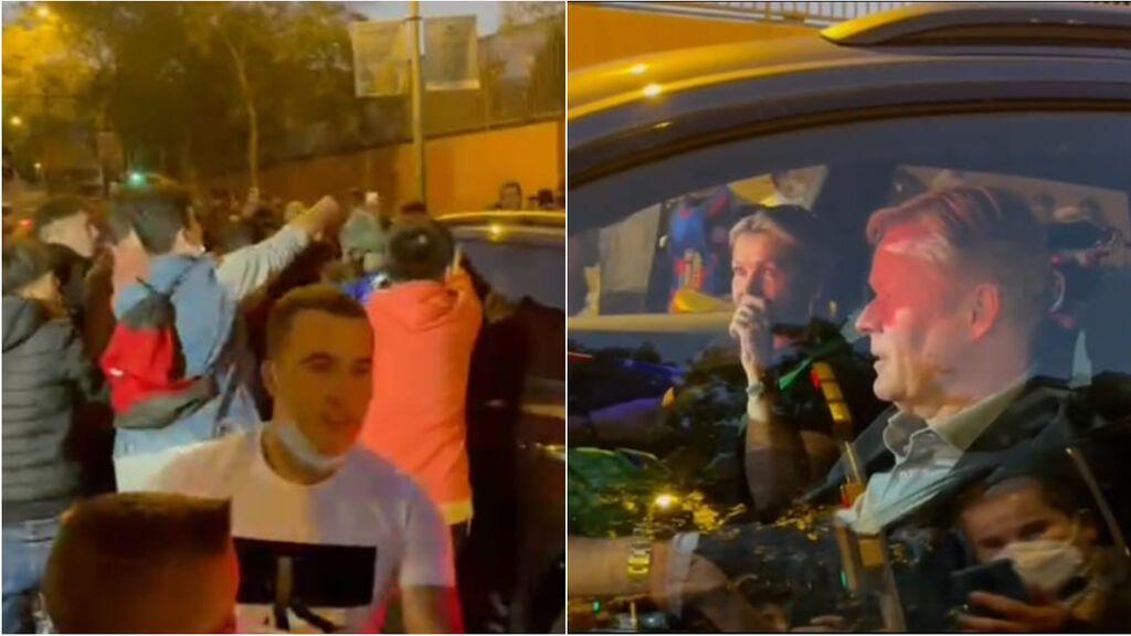 Koeman increpado a la salida del Camp Nou