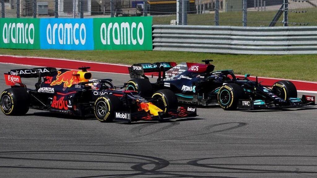 Verstappen le gana la partida a Hamilton con un undercut en EEUU: Carlos Sainz terminó séptimo