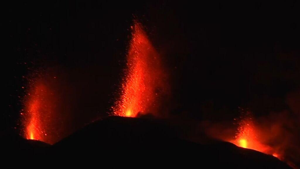 Se desborda uno de los conos al sur del volcán de La Palma