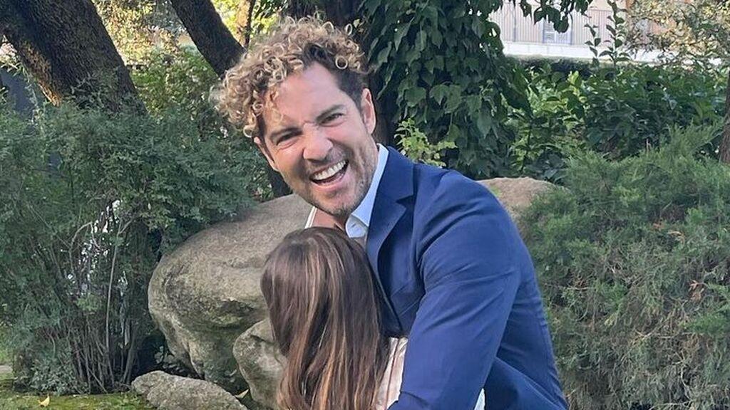 """Ella, Matteo y Bianca, los tres hijos de David Bisbal, posan juntos: """"Ya tiene los rizos igual que su padre"""""""