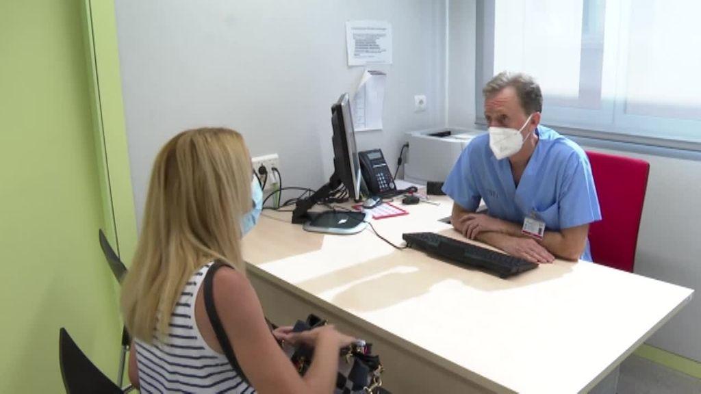 La pandemia y la saturación en hospitales complican las intervenciones de reconstrucción mamaria