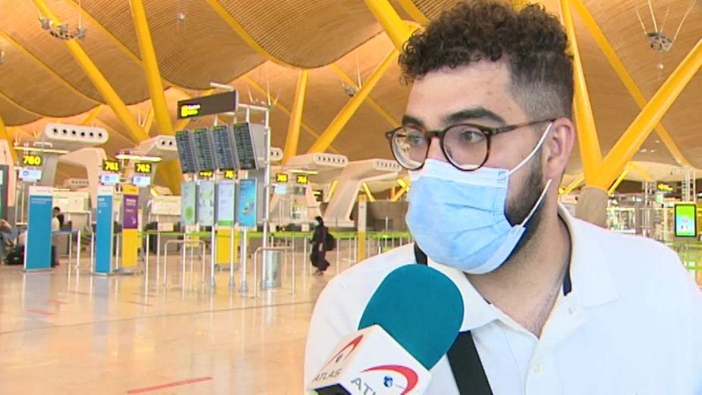 Ajetreo en los aeropuertos: la incertidumbre ha marcado el destino nacional como favorito