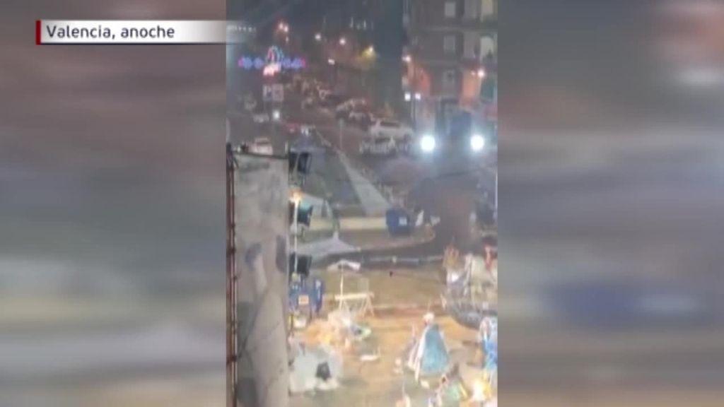 Dos heridos por las intensas lluvias en Catarroja en la noche de la plantá