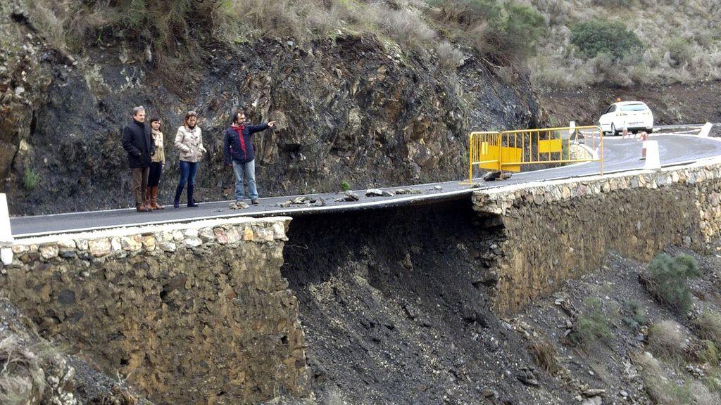 Carretera cortada por las lluvias en Murcia
