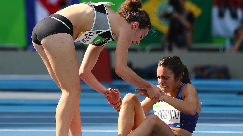 Nikki Hamblin y Abbey D'Agostino, ejemplo en Río